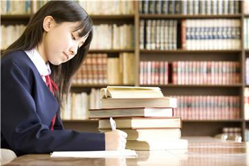 「高考日语知识」高考用日语代替英语好吗?有什么弊端和好处吗? 知识 第1张